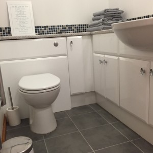 Toilet And Linen - All New And Kept To A High Standard